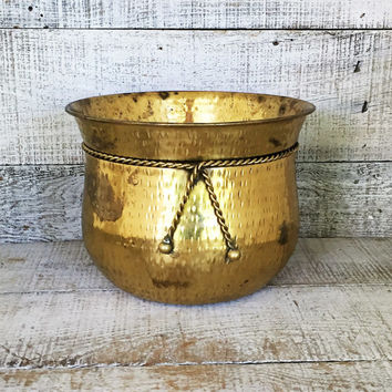 Brass Planter Hammered Brass Container Brass Plant Pot Garden Container Hollywood Regency Decor Outdoor Planter Mid Century Planter