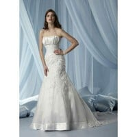 Strapless trumpet / mermaid organza bridal gown