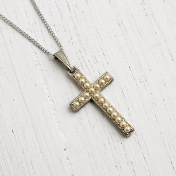 Vintage Cross Necklace - 1940s Faux Seed Pearl Silver Tone Religious Pendant Costume Jewelry / Off White Crucifix