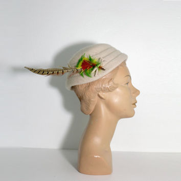1950s Felt Feather Peter Pan Hat by Melosie