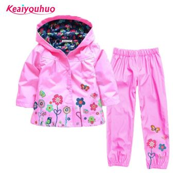 Children clothing set 2017 Spring Autumn baby boys girls clothes sets 2 Pcs Hooded raincoat+pants Costume For Girls Kids Clothes
