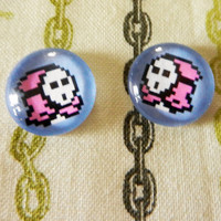 Shy Guy 8bit Earrings by misterotherone on Etsy