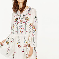 SILK DRESS WITH FLOWERS EMBROIDERYDETAILS