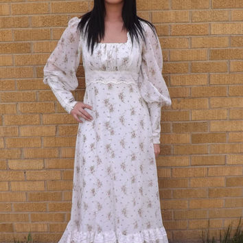 70s Wedding Dress Gunne Sax Floral 1970s Victorian Prairie White Lace Full 11 S