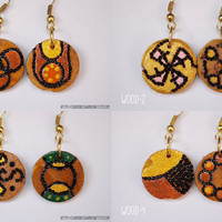 Wood burned - Pyrographed Wood Earrings - Small Round earrings with diferent abstract pattern on each side-Gypsy-Hippie-Boho