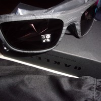 NEW OAKLEY DROP POINT SUNGLASSES Y2060