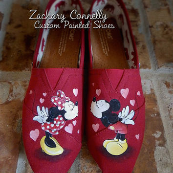 Disney Mickey and Minnie's Kisses Toms