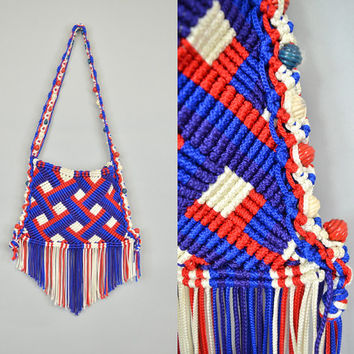 CROCHETED PATRIOTIC vtg 80's usa bohemian hippie fringed SHOULDER bag purse