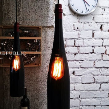 Bottle Lamp - Hanging Bottle Lamp. Wine bottle lamp. Bottle light. Lightning. Industrial style bottle lamp. Edison bulb. Kitchen lightning