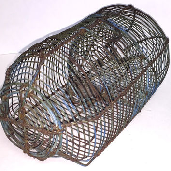 Primitive Wire Live Mouse Trap worked as Folk Art Wire Ware