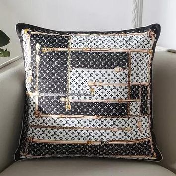 Louis Vuitton LV Home Decor Pillow  45*45cm