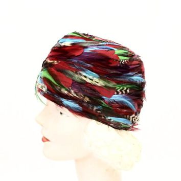 VTG 1950s Pheasant Feather Cloche Red Turquoise Green Church Stunning Large