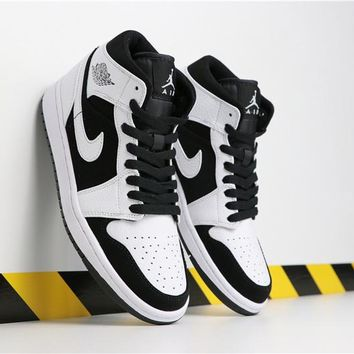 Air Jordan 1 Mid Black White AJ1 Retro - Best Deal Online