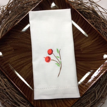 Set of 4 Christmas Berry Embroidered Cloth Dinner Napkins / cotton / poly / christmas table / table decor / hostess gift / linens/ berries