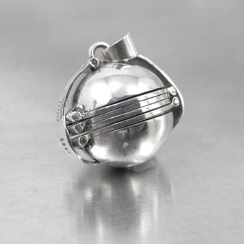"""Sterling Photo Ball Locket Pendant, Sphere Globe Multi Six Picture Accordian Fold Out, Taxco Sterling Jewelry, 3/4"""""""