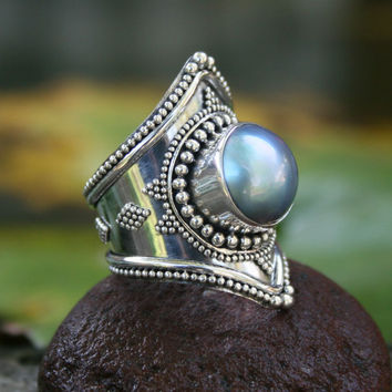 Cultured pearl cocktail ring, 'Faithful'