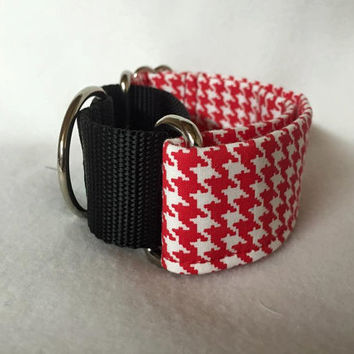 Red Houndstooth Martingale w/Black Nylon Loop Martingale Collar Buckle Collar