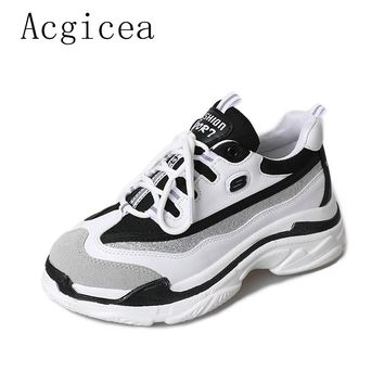 2018 New Arrived Spring Women Soft Shoes For Woman Suede Flat Heels Casual Sneakers Lady Black & White Leisure Platform Flats