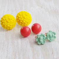 Flower post earring gift set, polymer clay flower jewlery, pearl post earring, yellow coral mint, spring jewelry