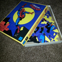Vintage 1977 The Amazing Spider-Man Giant Floor Puzzle by House of Games - 2 1/4 ft x 1 1/2ft - 68cm x 48cm