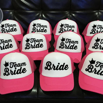 1 Bride 9 Team bride Bachelorette Bride bridesmaid Hat Wedding Hats, wedding, Bachelorette party Caps, Trucker Hat Set 14 colors option