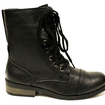 Prague Combat Boots | Wanted