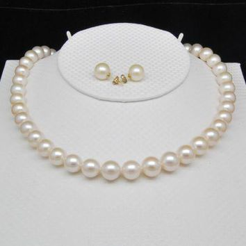 Gold Clasp Natural Freshwater Pearl necklace and Earrings