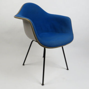 Herman Miller Eames blue fiberglass arm chair, free shipping in USA