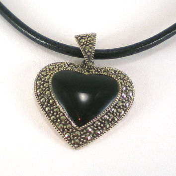 Vintage Sterling Silver Black Glass Marcasite Stones Art Deco Style Heart Pendant Necklace CW 925 Antivalentine Goth