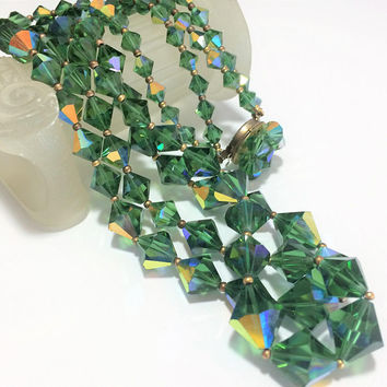 Green Aurora Borealis Bead Necklace Multi Strand Graduated Faceted Glass Beads Decorative Clasp Mid Century Vintage Jewelry 418