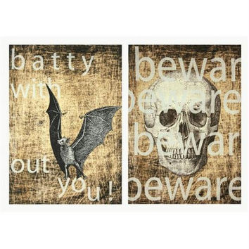 4 Halloween Wall Plaques - Black, White And Beige