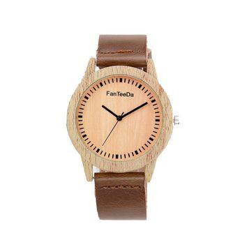 Leather Band Analog Quartz Watch
