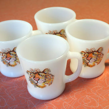 Set of 4 Vintage 1960s Esso Tiger Mugs Anchor Hocking Fire King
