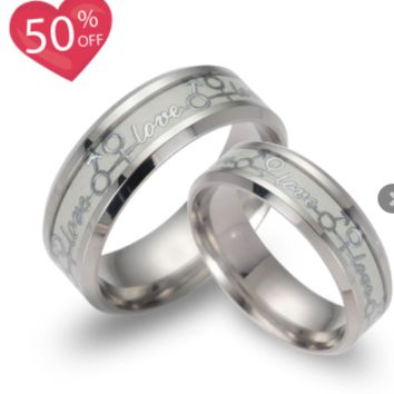 "Glow in The Dark ""Love"" Ring (Set)"