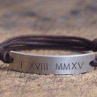 Personalzied Roman Numeral Bracelet, Customized Roman Numeral girlfriend Bracelet, roman numeral boyfriend bracelet, Anniversary bracelet