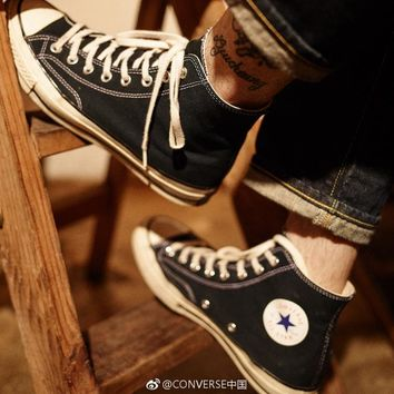 2018 New Converse Chuck Taylors '70 Canvas Shoes Chuck 1970s classic running shoes Thunderbolt Size 35-45 High top Casual Shoes new star Men's/Women's Canvas Shoes