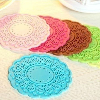 Silicone Korean Lace Anti-skid Mat Transparent Hollow Out Coaster [11516225487]