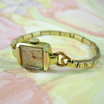 Antique Hamilton Watch 14k Yellow Gold Solid Gold Ladies Women Wrist Watch 1941 Mechanical Simple Elegance Winds Easy Runs Keeps Time Nice!!