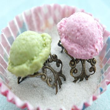 Ice Cream Scoop Ring