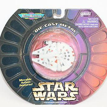 Licensed cool 1997 STAR WARS MILLENNIUM FALCON Vehicle Die cast Metal Micro Machines NIP