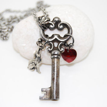 Twilight inspired Bella Swan antique skeleton key necklace, blood red Swarovski Elements heart and silver wolf