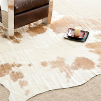 Safavieh COH211A-5 Cow Hide Brown and White Rectangle: 4 Ft. 6 In. x 6 Ft. 6 In. Area Rug (Clearance Priced)