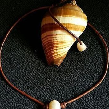 Day-First™ High Quality Freshwater Pearl and Leather Necklace/choker