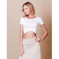 LE3NO Womens Stretchy Curved Hem Short Sleeve Crop Top (CLEARANCE)