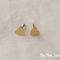 Tiny Heart Raw brass studs earrings -simple everyday jewelry -dainty