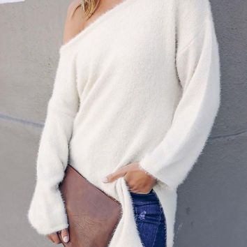 New White Cut Out Side Slit Round Neck Long Sleeve Casual Sweater