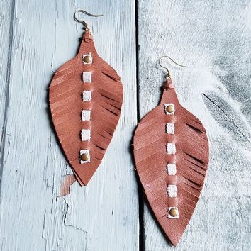 Leather Feather Earring-Brown 233x