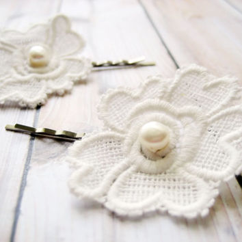 Hair Pin Set, Lace Hair Pins, Bobby Pins, White Lace, Roses, Pearls, White, Simple, Minimalist, Vintage
