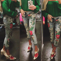 Perfect  Fancy Jeans with Flower Patches