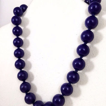 Navy blue necklace, 1960s vintage necklace, navy plastic bead choker, vintage costume jewelry, nautical style necklace